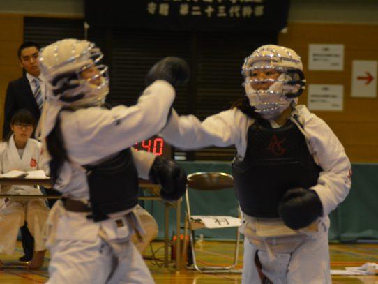 日本拳法部が「第56回中部日本学生拳法選手権大会」にて、男子団体・男子個人・女子個人の三部で優勝、三冠獲得を達成しました