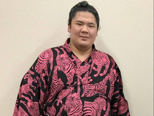 個性派力士・宇良関が今年も来校!