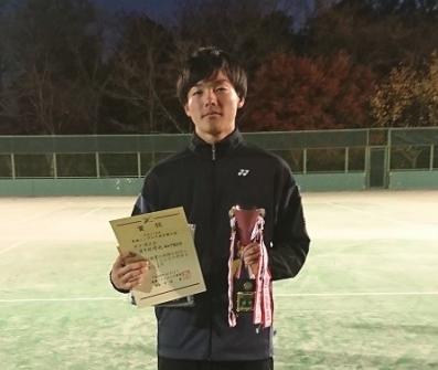 【ソフトテニス部】波多野哲也さんが第7回東海シングルスソフトテニス選手権大会で優勝!