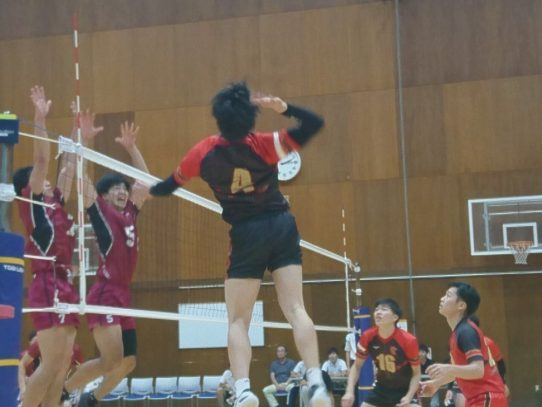 【バレーボール部(男子)】東海大学バレーボールリーグ戦  秋季大会  中京大学戦